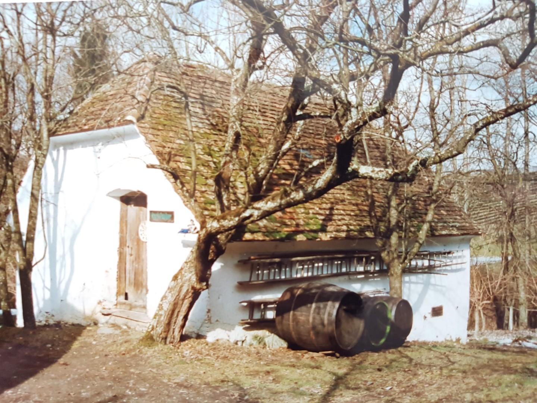 Obstbau Knaller Altes Presshaus