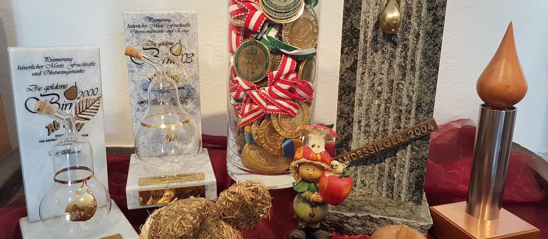 Obstbau Knaller Auszeichnungen - Landessieger - Goldene Birne