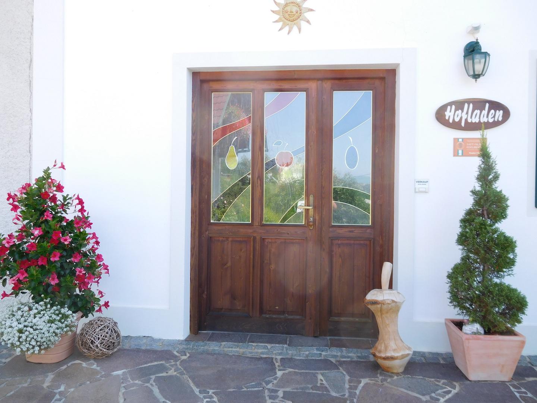 Obstbau Knaller Hofladen Eingang