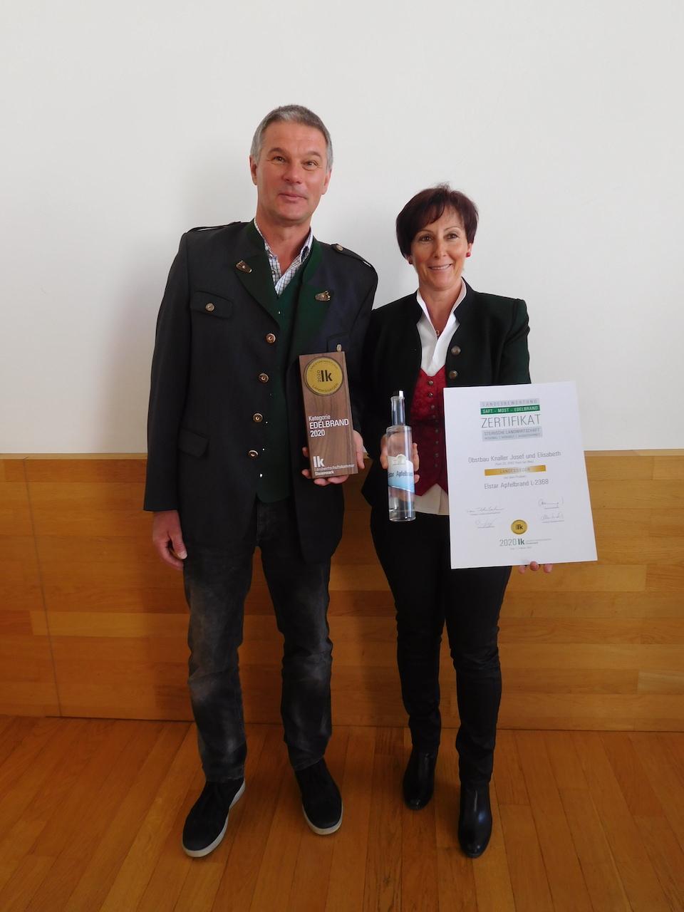 Obstbau Knaller Landessieger 2020 Edelbrand Elstar Steirische Landesbewertung Josef und Elisabeth